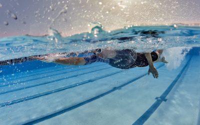 Mejora la eficacia de tu brazada con estos 3 ejercicios